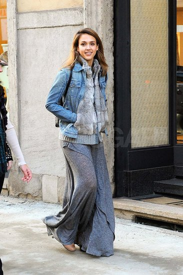 Jessica Alba out in Milan.