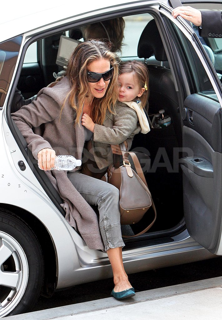 Sarah Jessica Parker and Tabitha Broderick started their day early in NYC.