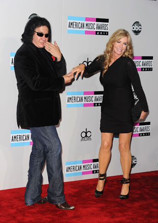 Gene Simmons struck a playful pose with wife Shannon Tweed.