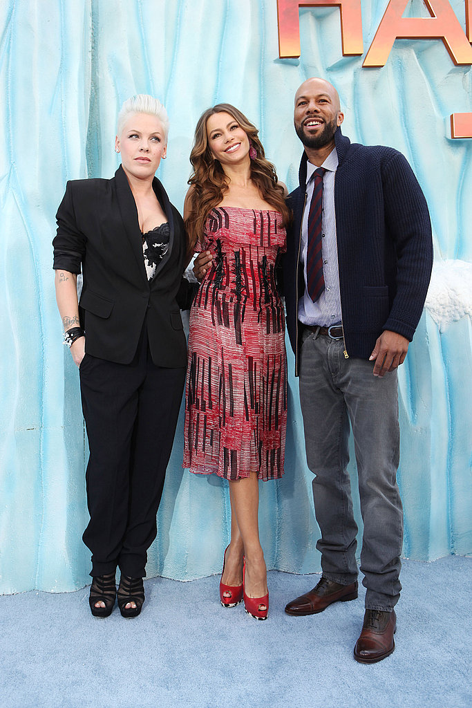 Common had the good fortune of escorting Pink and Sofia Vergara down the blue carpet at the Happy Feet Two premiere.