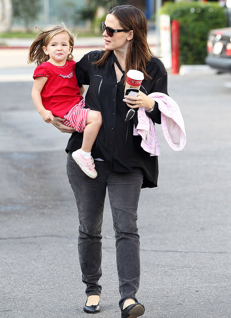 Jennifer Garner and Seraphina Affleck headed back home.