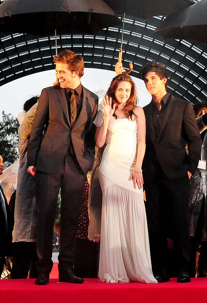 A gorgeous, one-shouldered Herve Leroux gown for the Twilight premiere in Japan in February 2009.