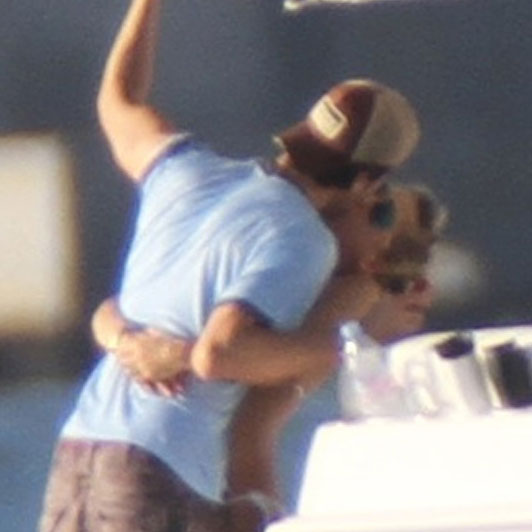 Anna Kournikova and Enrique Iglesias PDA.