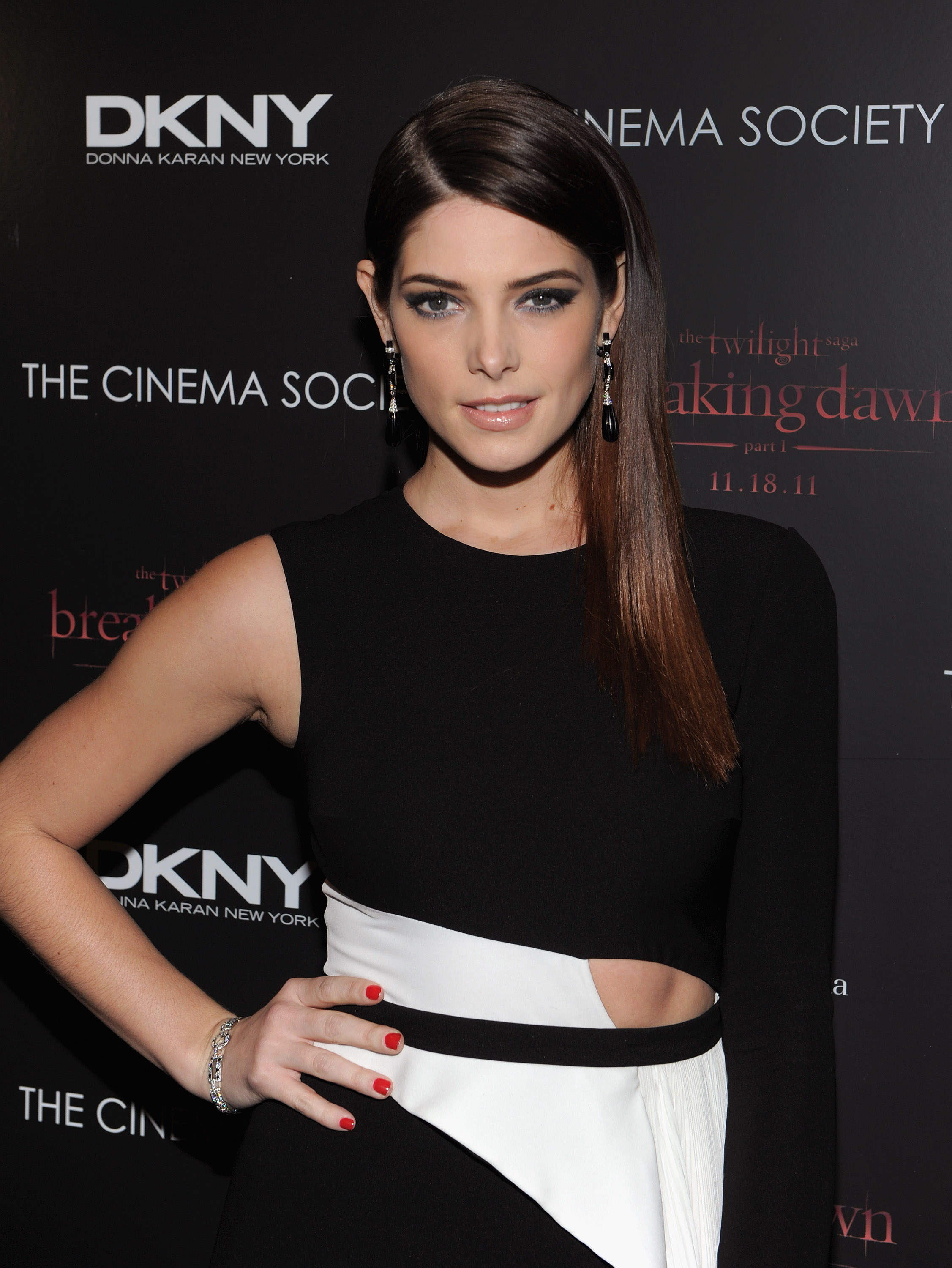 Ashley Greene went for smokey eyes at the Breaking Dawn premiere in NYC.