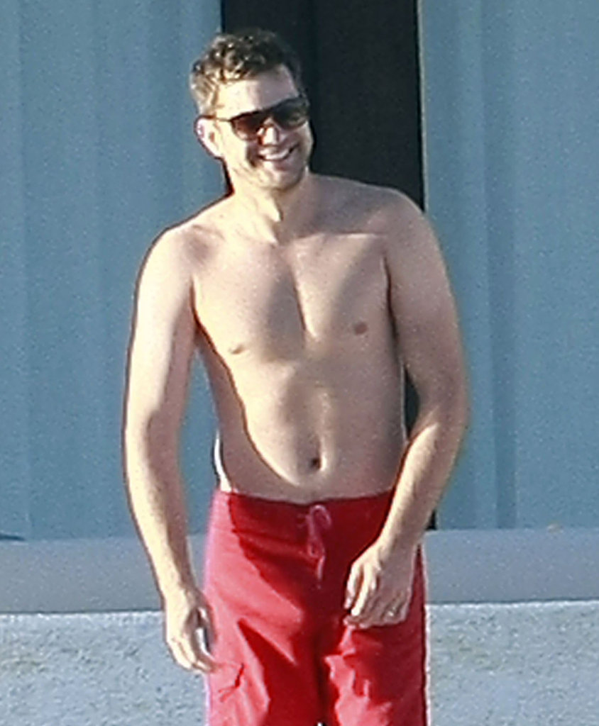 Joshua Jackson in Mexico.