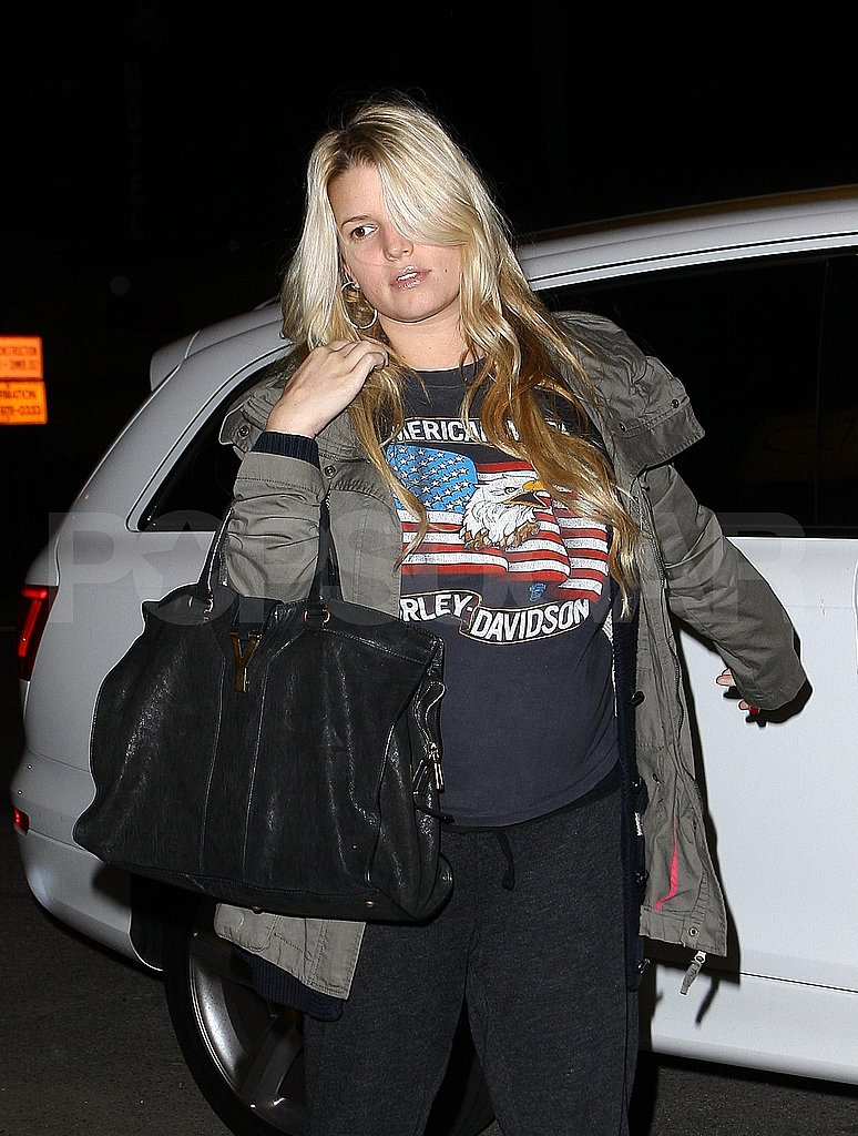 Pregnant Jessica Simpson Goes Casual to Celebrate Bronx's Birthday