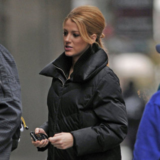 Blake Lively in a Black Coat on the Gossip Girl Set Pictures