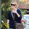 Reese Witherspoon Wearing a Finger Splint Pictures