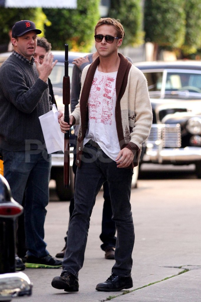 Ryan Gosling carried a big gun to rehearse a scene for Gangster Squad.