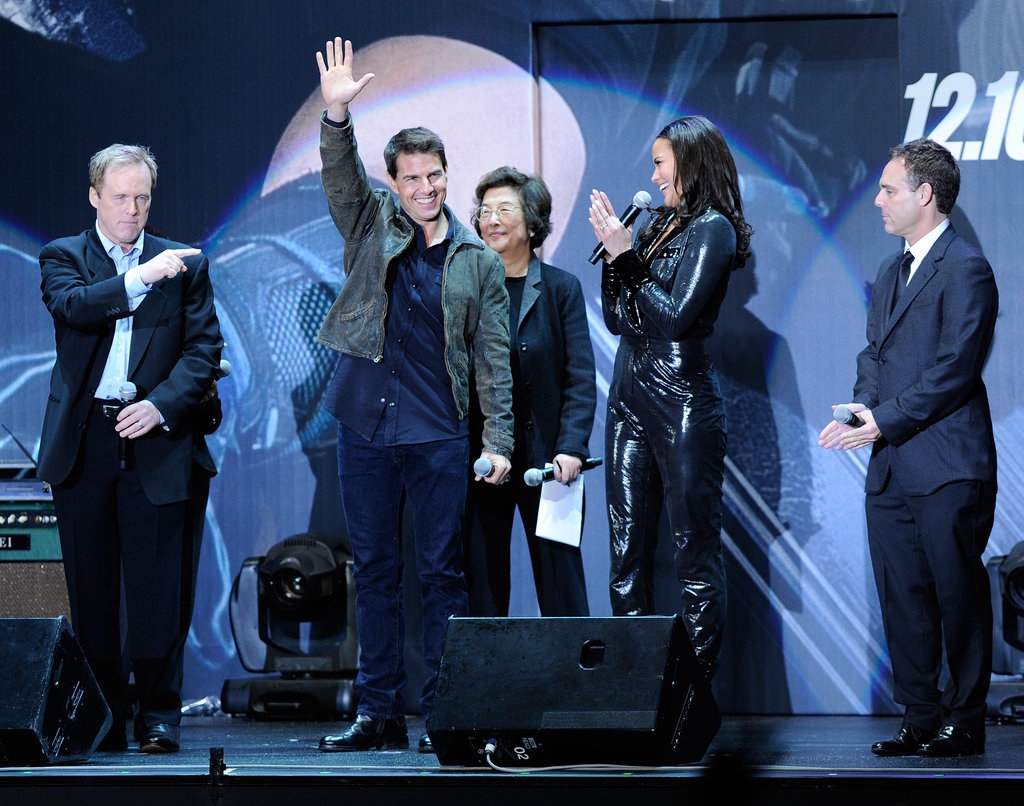 Tom Cruise waved to fans in Tokyo.