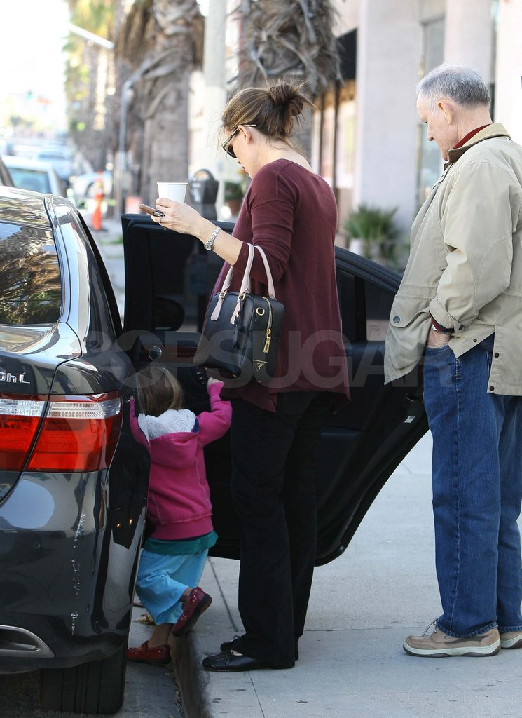 Jennifer Garner with her dad Bill and daughter Seraphina.