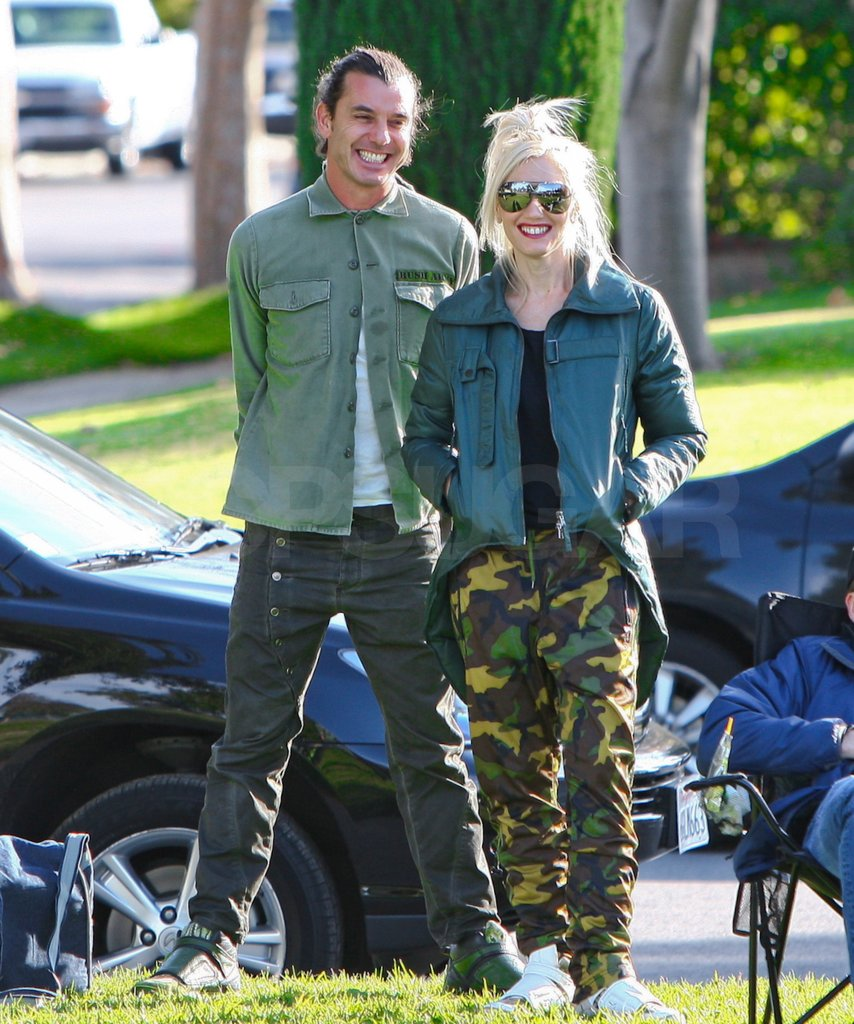 Gwen wore camo pants for their family play date.