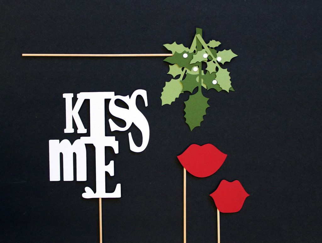 Mistletoe Photo Props ($15)