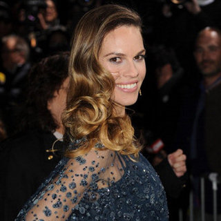 Hilary Swank Talks Holiday Weight Gain and Elastic Waistbands