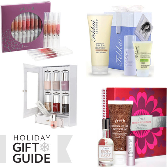 The Ultimate Holiday Present Ideas For the Gal Who Likes Gift Sets