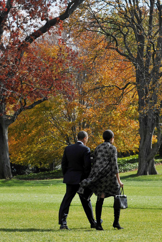 The couple make a chic pair on the South Lawn of the White House.