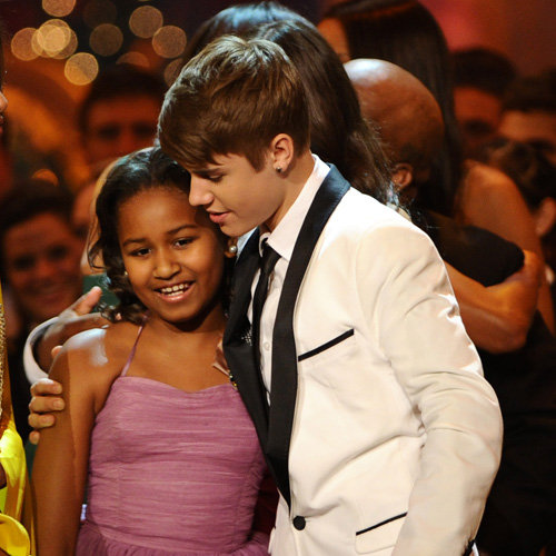 Justin Bieber and Sasha and Malia Obama