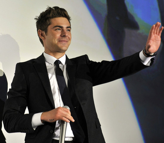 Zac Efron waved to fans at a screening in Tokyo.