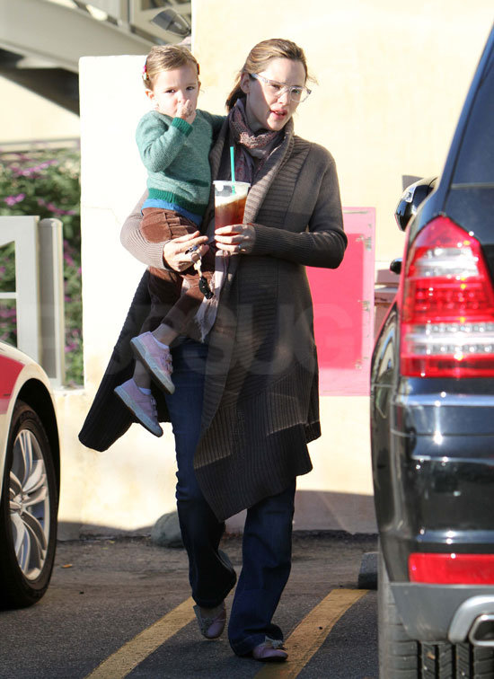Seraphina Affleck wore a reindeer tattoo on her hand.