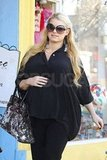 Jessica Simpson smiled in all black.