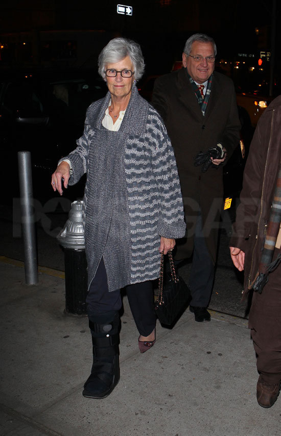 Katie Holmes's parents, Martin and Kathleen, joined her for dinner.
