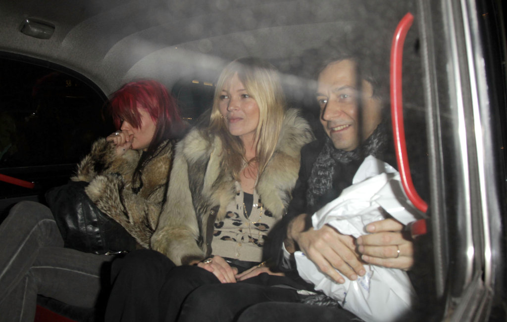 Kate Moss, Jamie Hince, and Alison Mosshart leave dinner.