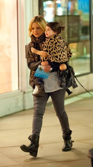 Sarah Michelle Gellar shopping with Charlotte Prinze in LA.