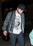 Robert Pattinson Touches Down Back in LA For NYE