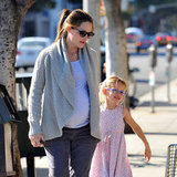 Jennifer Garner and Violet Affleck made a Starbucks run in LA.