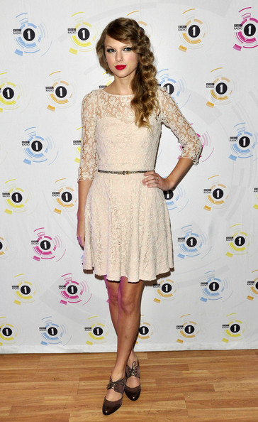 Taylor Swift Teen Awards, London