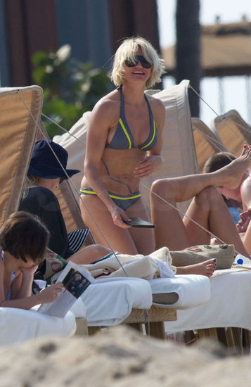 Cameron Diaz Flaunts Her Bikini Body and New Platinum 'Do