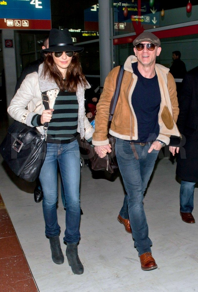 Rachel Weisz and Daniel Craig held hands in Paris.