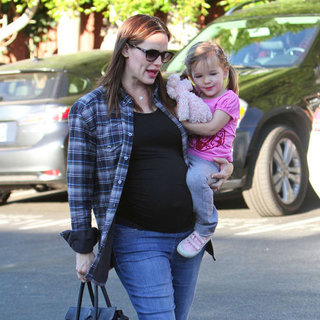 Pregnant Jennifer Garner Carrying Seraphina in LA Pictures