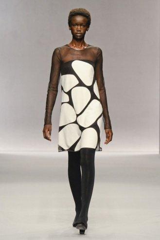 Jasper Conran London Fashion Week fashion show catwalk report fall 2011