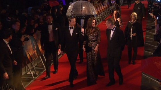 Video: See Kate Middleton's Gorgeous Pre-Birthday Red Carpet With Will!