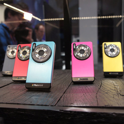 Polaroid SC1630 WiFi Smart Camera at CES 2012