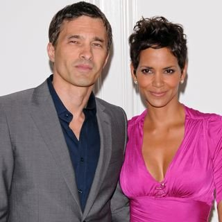 Halle Berry and Olivier Martinez Engagement