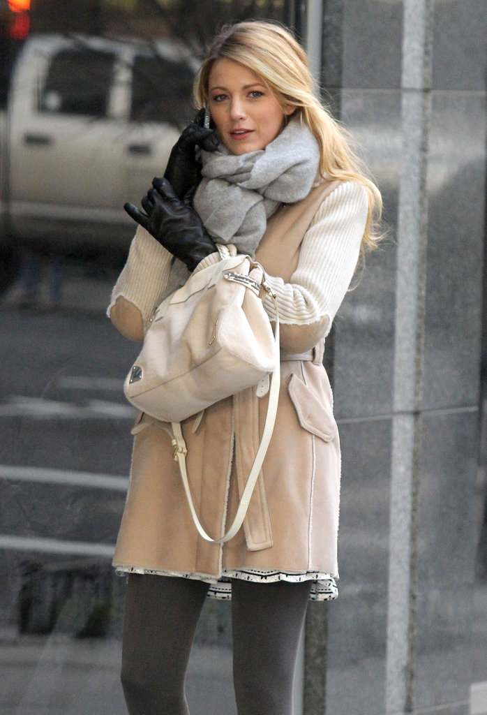 Blake Lively filmed scenes for Gossip Girl in NYC.