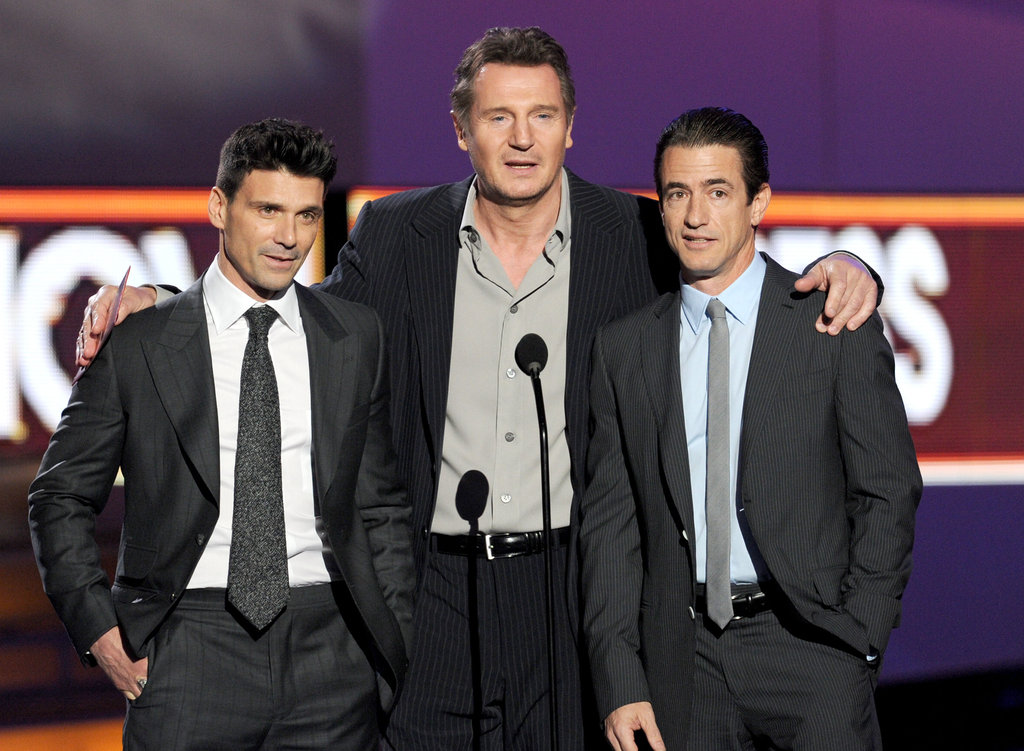 Frank Grillo, Liam Neeson, and Dermot Mulroney talk onstage at the People's Choice Awards.