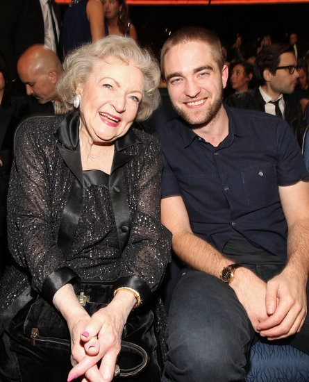 Robert Pattinson Debuts a New Haircut Alongside Betty White at the People's Choice Awards