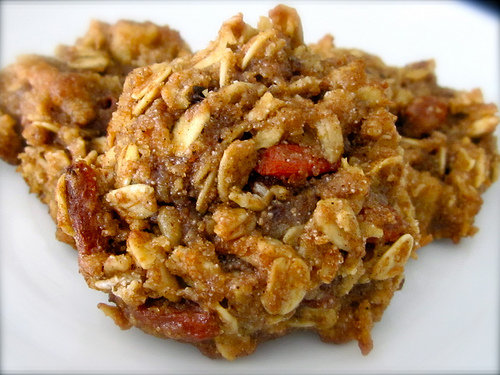 Chewy (Vegan) Granola Cookies