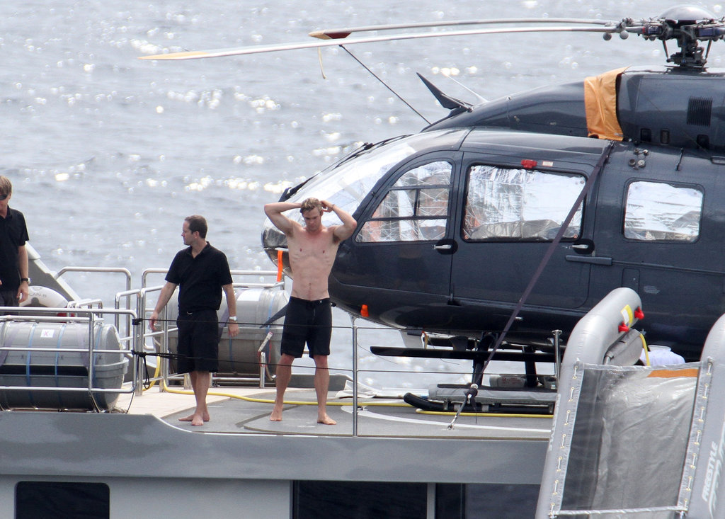 Chris Hemsworth went shirtless.