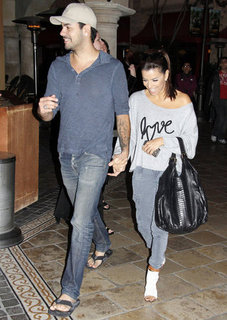 Eva Longoria and Eduardo Cruz Holding Hands Pictures