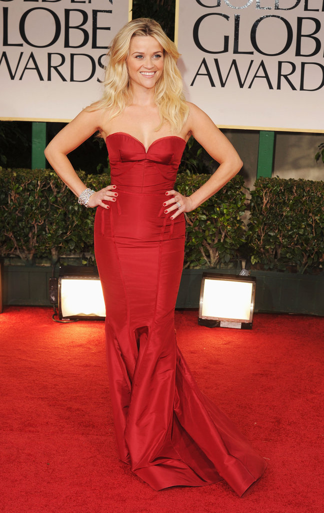 Not only were we smitten with Reese Witherspoon's deep red Zac Posen gown at the Golden Globes, but we were also completely in awe of her perfectly tousled, bedhead-esque blond waves.