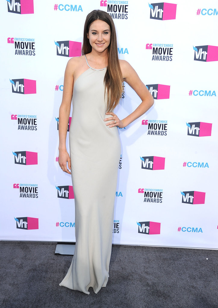 Shailene stunned at the 2012 Critics' Choice Movie Awards, choosing a gorgeous gray Calvin Klein gown with an open back and metallic silver neckline.