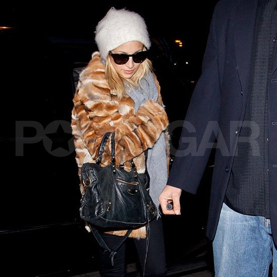 Nicole Richie headed out of LA.