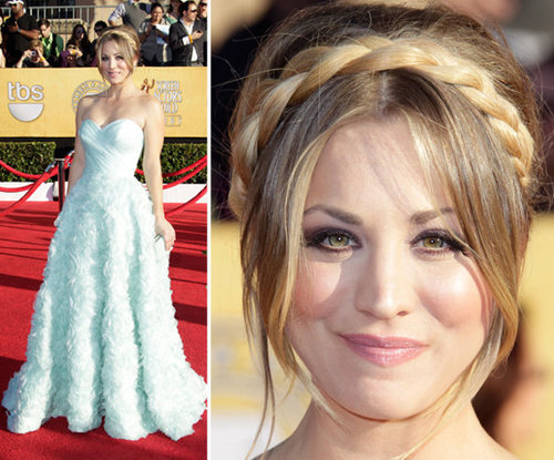 Pictures of Kaley Cuoco in Romona Keveza gown on the red carpet at the 2012 SAG Awards
