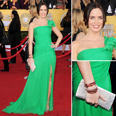 Emily Blunt Wears Bright Green Oscar de la Renta One Shouldered Gown at the 2012 SAG Awards.