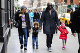 Heidi and Seal walked in NYC with children Henry and Leni in April 2009.