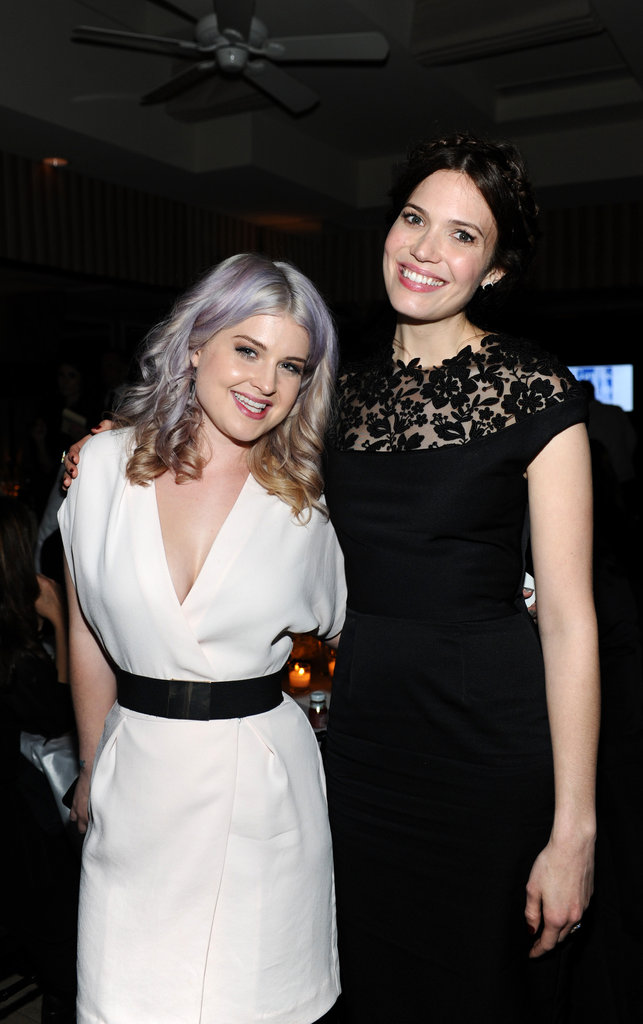 Mandy Moore posed with Kelly Osbourne.